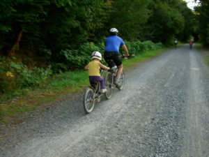 Talia & her Daddy. Pedaling. Foto by Kristina.