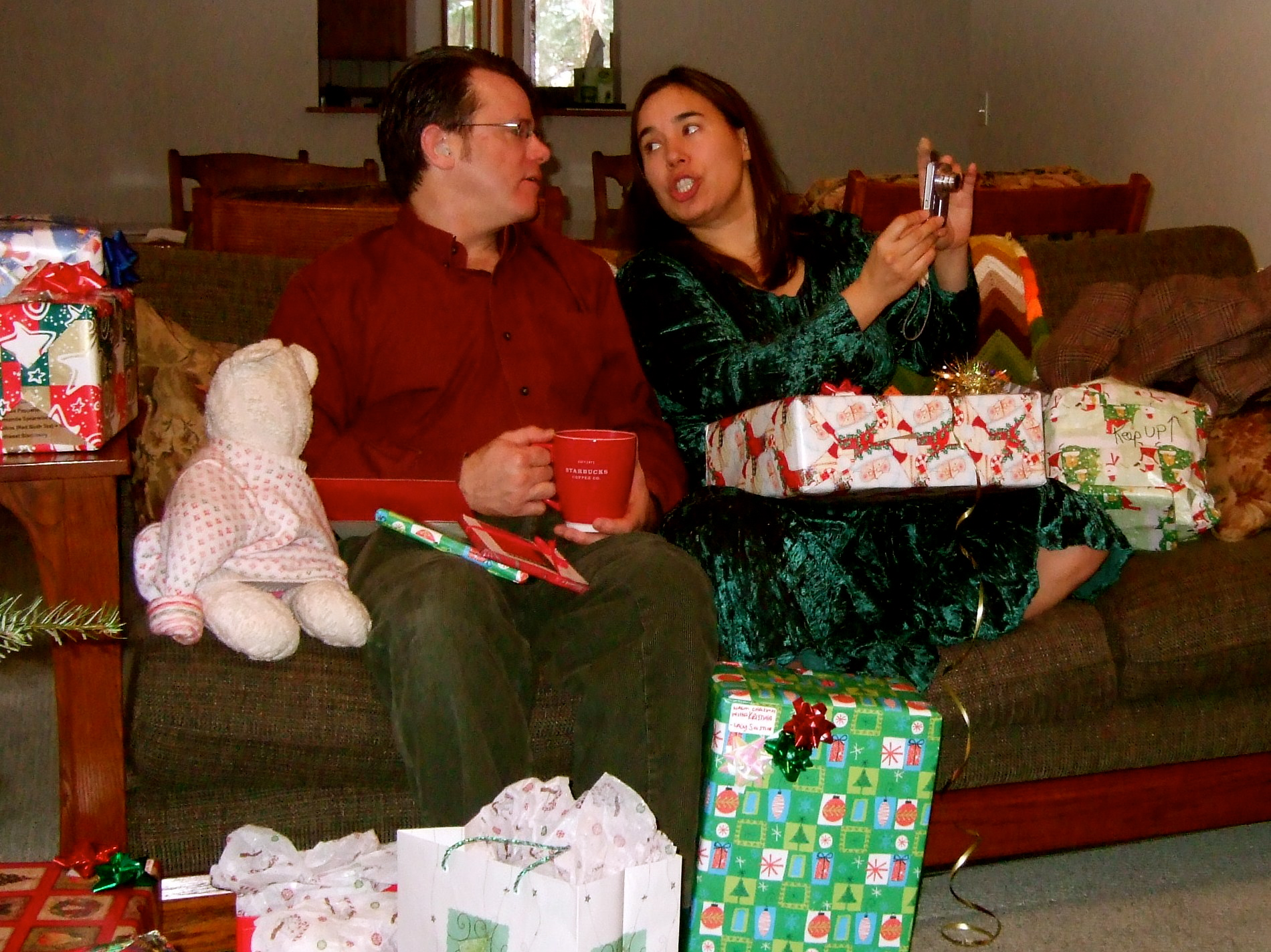 William & Kristina, Celebrating Christmas at the River House, Plain-Lake Wenatchee-Leavenworth Area, Tuesday 25 December 2007.