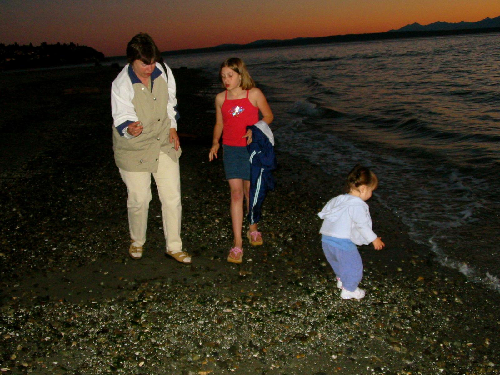 Down on the shores of Carkeek Park; L2R: Jean, Morgan, Talia, & the Salish Sea.