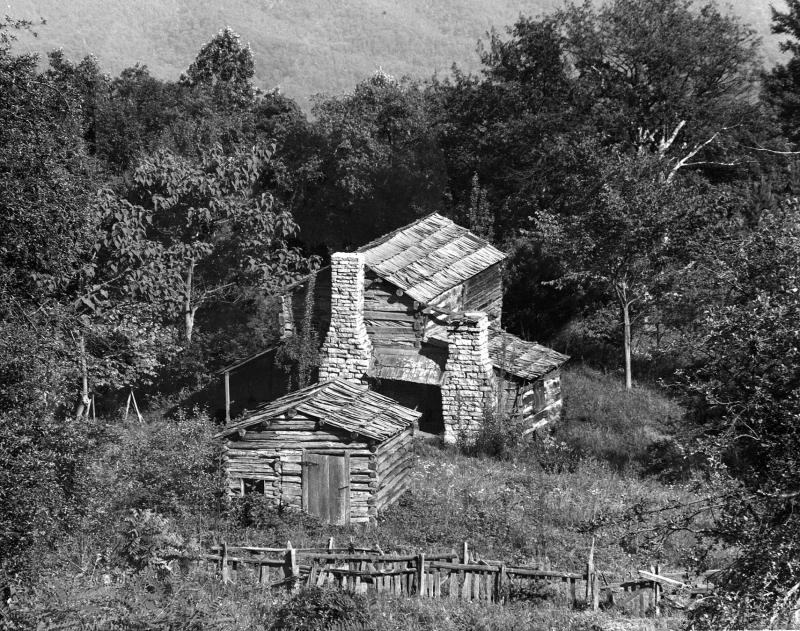 Sarver Homestead Cabin, Gap Mountain, Montgomery County, Virginia. Photo by Earl Palmer from his Appalachian Photograph Collection at Virginia Tech.