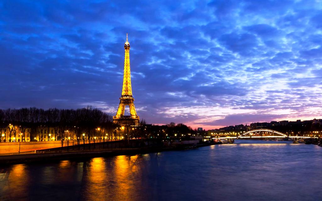 Free-Wallpapers-and-Screensavers-for-Computer-Scenery-of-Paris